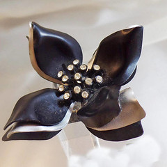 SALE Vintage Black Gray Flower Brooch.  Rhinestone 70s Retro Mod Flower Power Pin.