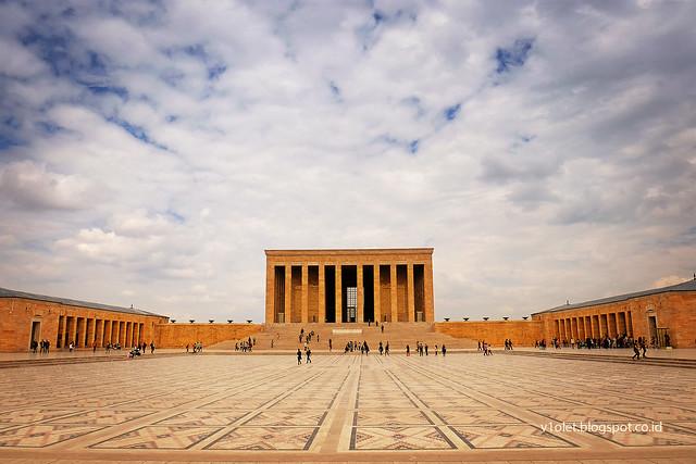 DSCF0846 Ataturk Mausoleum2ncrw