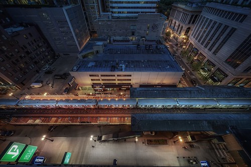 travel sonya7r2 chicago view building architecture city street down train station cinematic