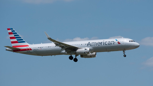 American Airlines AIRBUS A321-231 N997AA