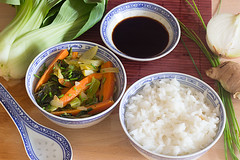 Wok-legumes-gingembre_sauce-soja_QuiToque