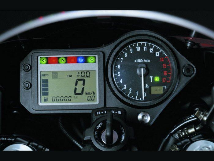 Honda CBR 600 F 2001 - 8