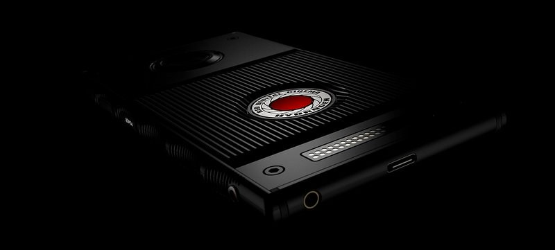 red_smartphone