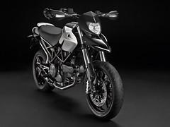 Ducati HM 796 Hypermotard 2010 - 33