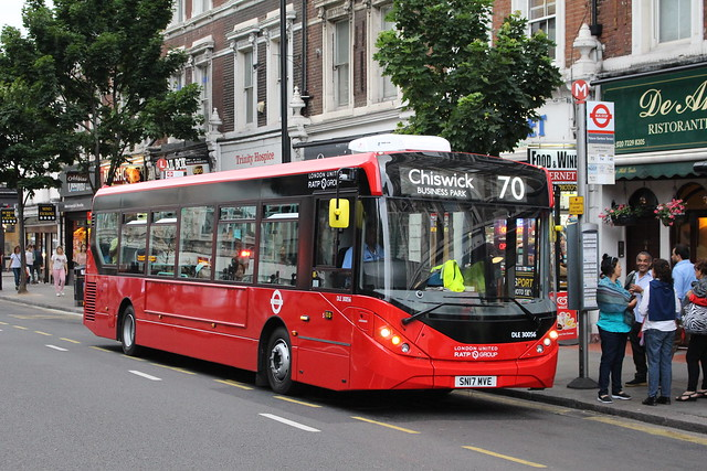 London United DLE30056 on Route 70, Notting Hill Gate