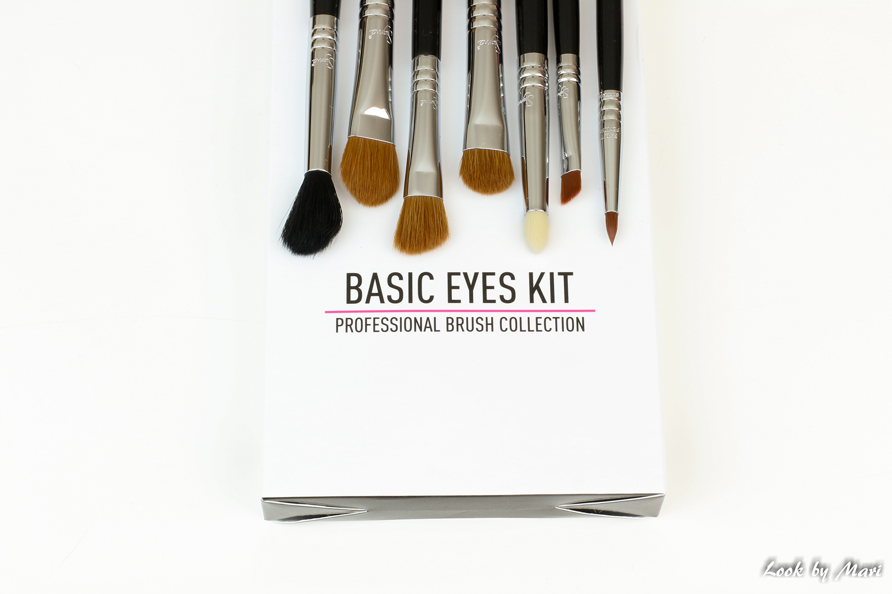 5 sigma beauty basic eyes kit review how to use blog brushes