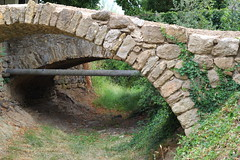 Old Arch bridge - Photo of Margon