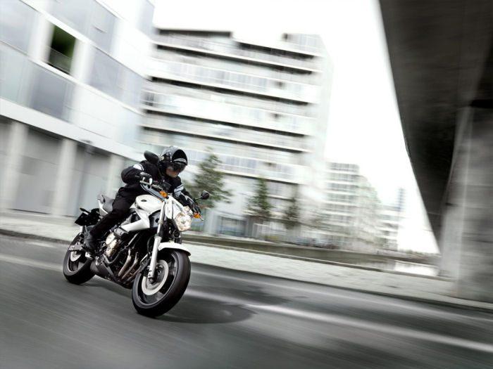 Yamaha XJ6 600 2013 - 17