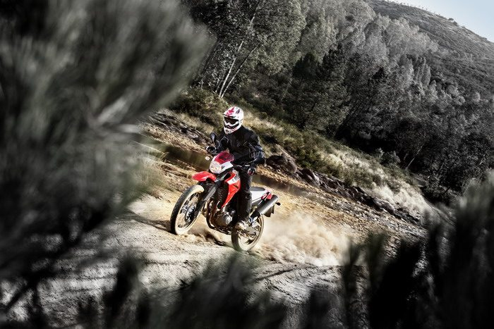 Yamaha XT 660 R 2011 - 4