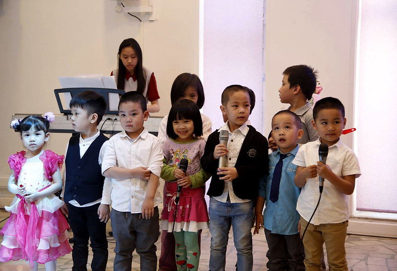 Hình 5 a Thieu Nhi ton vinh Chua