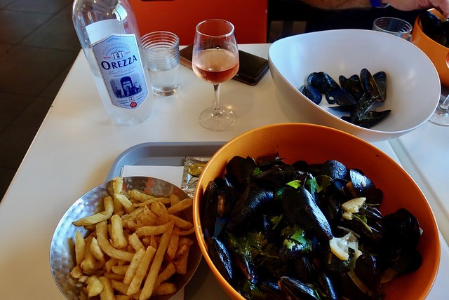 Mussel lunch