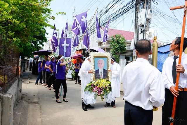 Lễ An Táng Thân Phụ Đức TGM Giuse Nguyễn Chí Linh - Ảnh minh hoạ 17