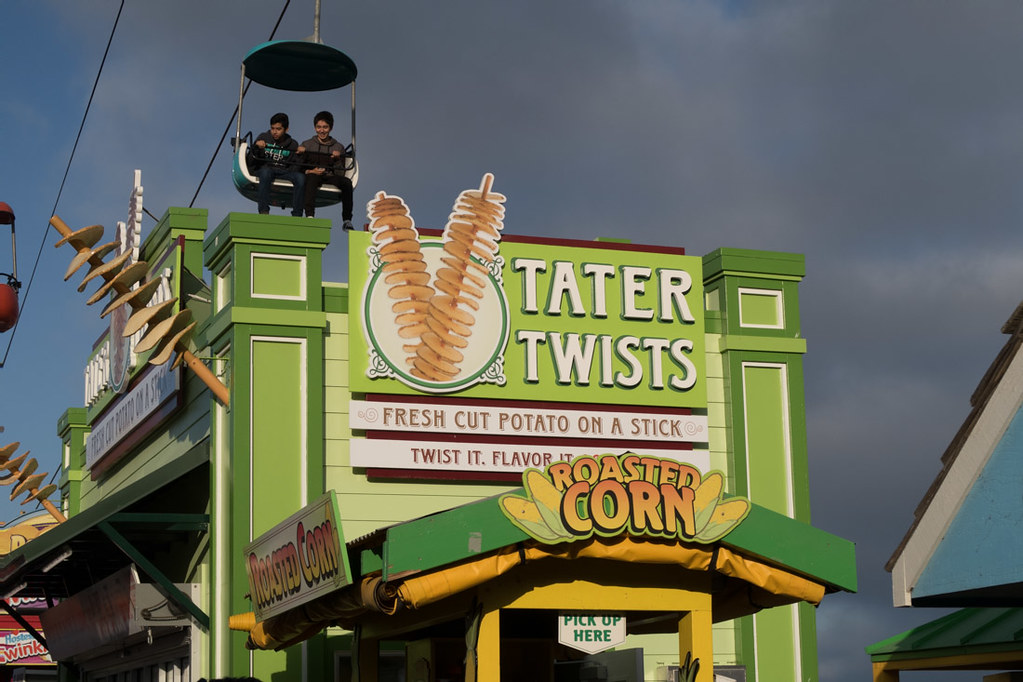 Tater Twists Food Stand at Santa Cruz Boardwalk
