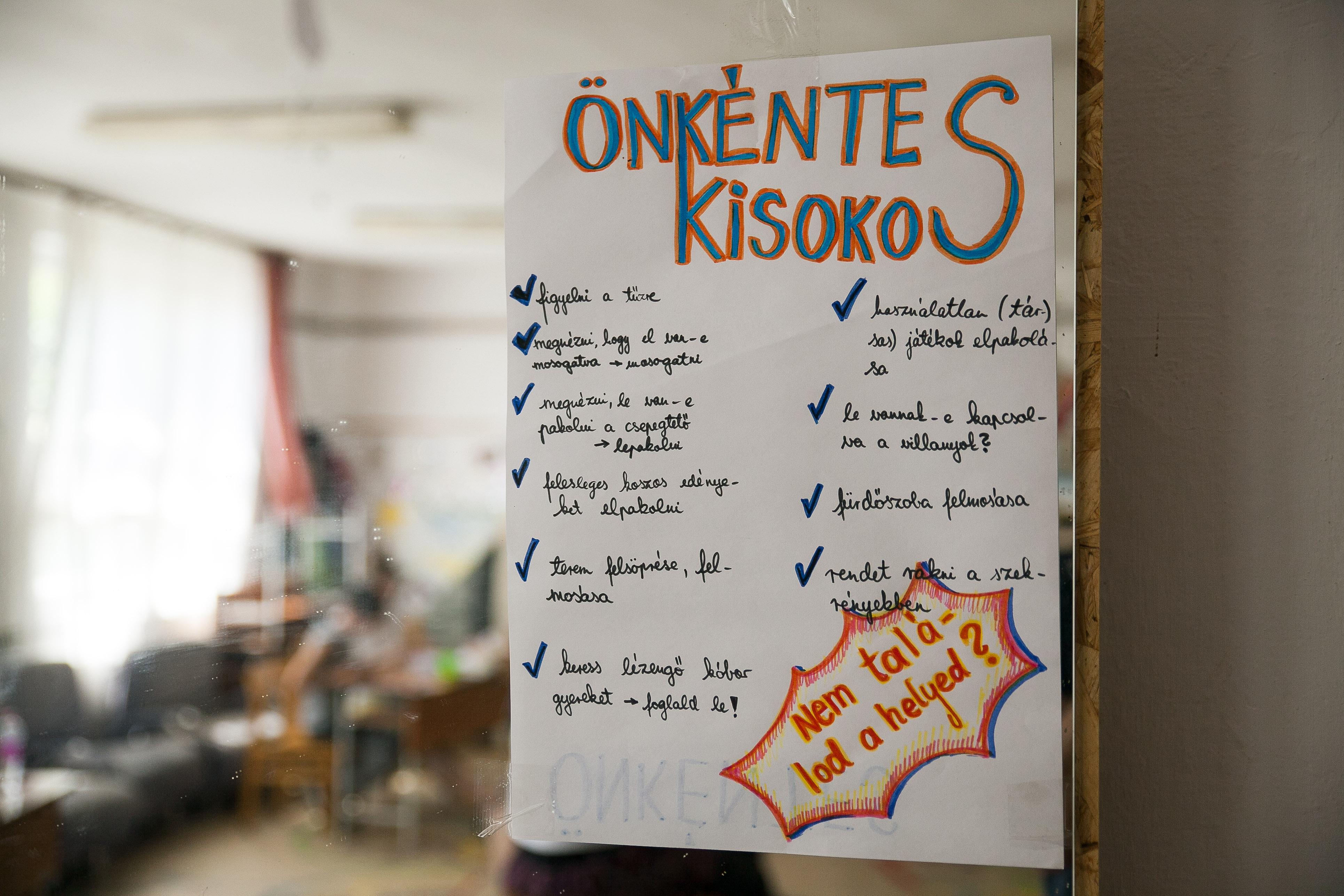 Iránymutatás az önkénteseknek| Fotó: Magócsi Márton