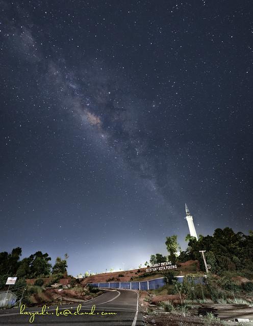 Masjid Nur illahi Milky Way