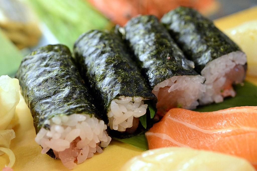 東門市場 魚バカ壽司
