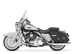 Harley-Davidson 1584 ROAD KING CLASSIC FLHRCI 2007 - 27