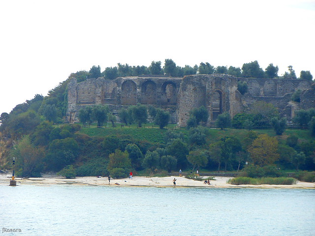 Grottoes of Catullus + beach, Sirmione