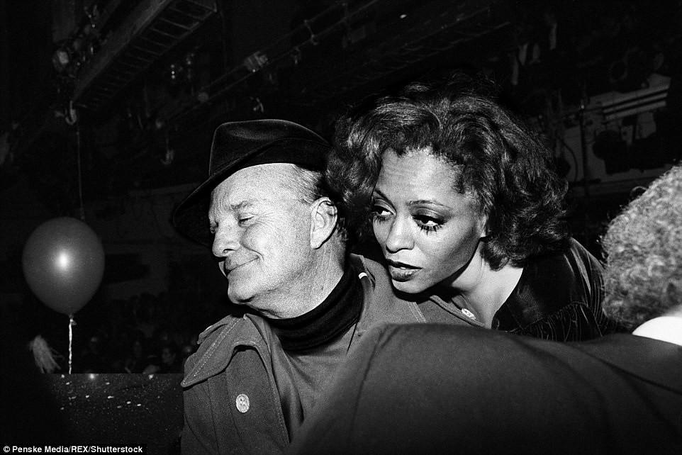70年代美國紐約傳奇夜店「Studio 54」,政商名流性解放、嬉皮爆棚的 Disco 盛世5