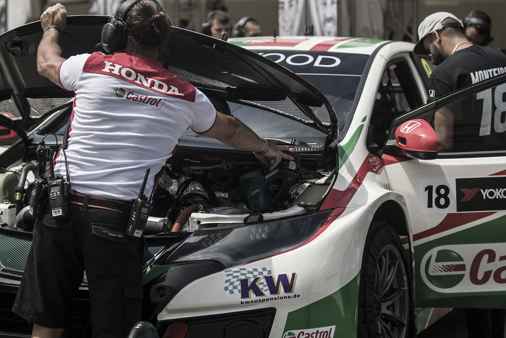 MONTEIRO Tiago (prt) Honda Civic team Castrol Honda WTC ambiance  during the 2017 FIA WTCC World Touring Car Championship race of Portugal, Vila Real from june 23 to 25 - Photo Gregory Lenormand / DPPI