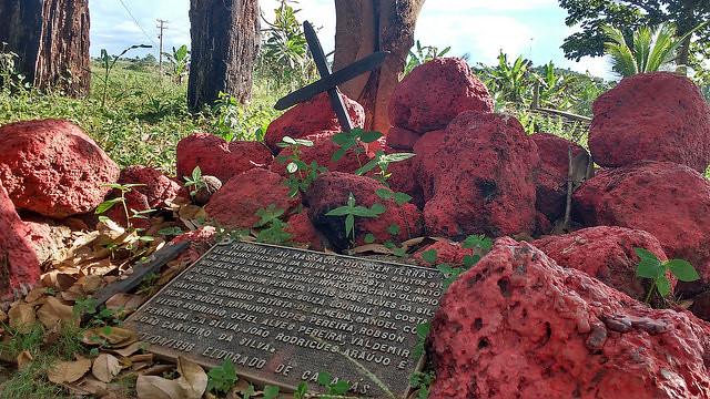 Placa homenageia os 19 sem-terra mortos em Eldorado de Carajás, em 1996 - Créditos: Lilian Campelo