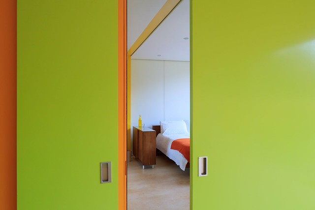 prefab 1960s harvard design London Wimbledon House bedroom doors