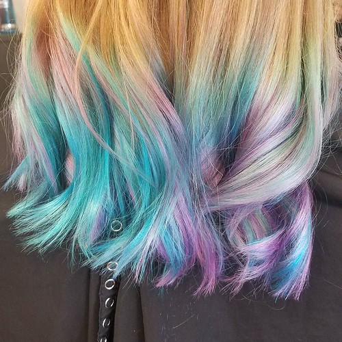 A little #unicorn #sherbet for this little lady!!😍 Hair by Whitney @Whitev1 #goldwellapprovedus