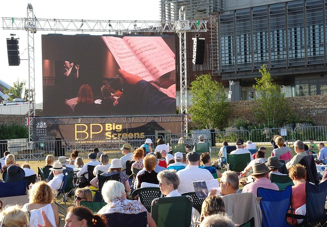 BP Big Screens Thurrock. Photograph by Sam Harding