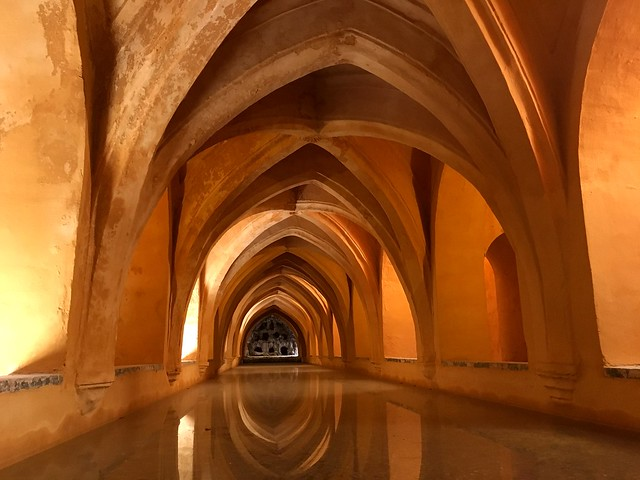 Aqueduct in Palacio de Alcazara