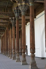 Jami Masjid mosque columns