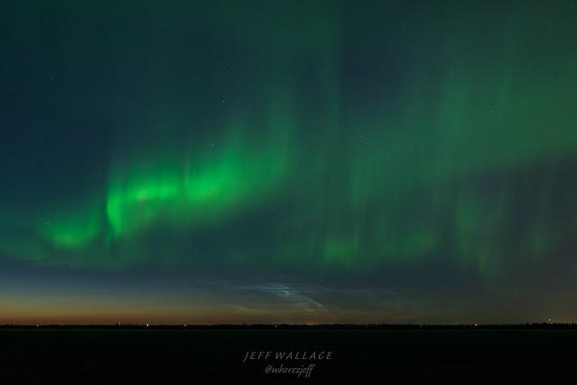 Aurora with Noctilucent Clouds, Nikon D810, AF-S Nikkor 24mm f/1.4G ED
