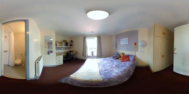 Maclay Residences Premium En suite Bedroom