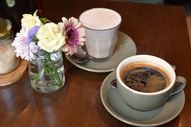Chai latte, long black