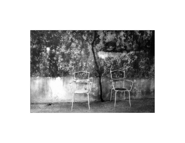 two old chairs, Panasonic DMC-LX5