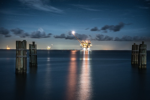 fort morgan alabama moonlight tripod light lowlight long lights low landscape bay mobile water clouds oil rig gas sky stars reflection outdoors outside ocean beach blue hour pier dock ferry boat beautiful
