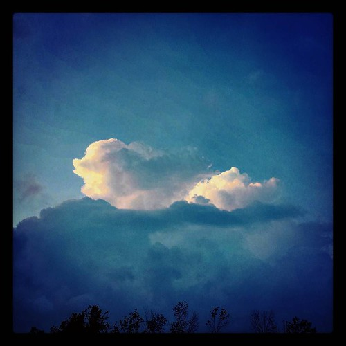 Study in clouds 3 #clouds #sky #dusk