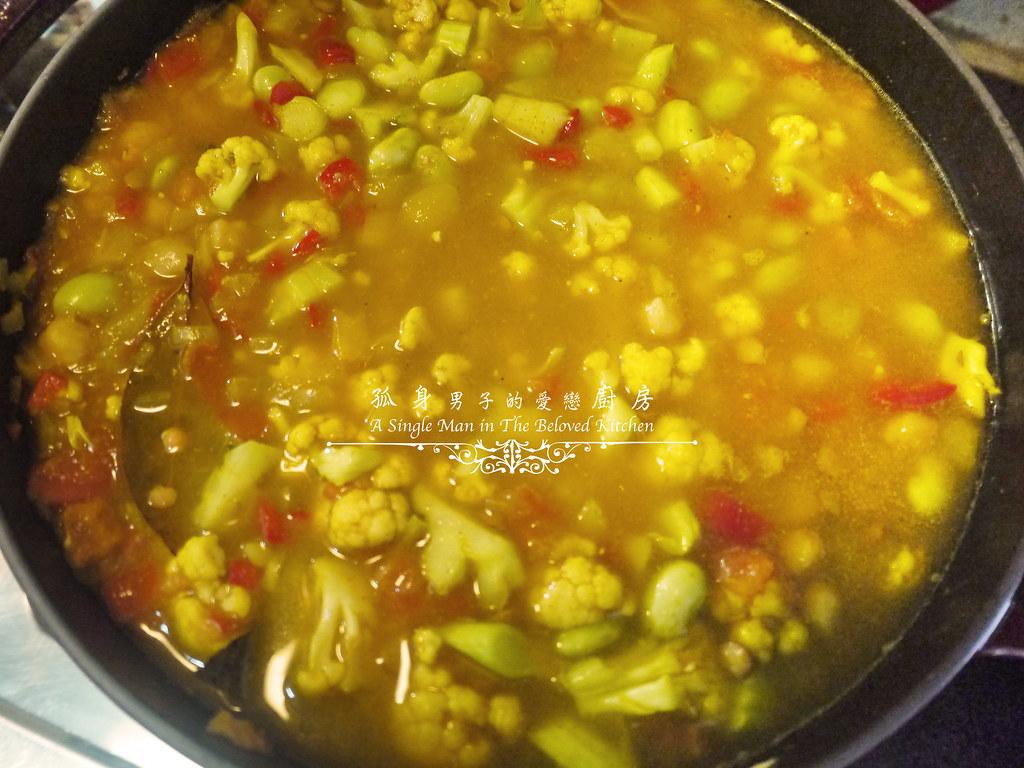孤身廚房-Staub媽咪鍋煮超滿的印度蔬食花椰菜咖哩28