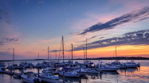 nikon nikon1755mm24 marina reflection water sunsetcaymarina cresentmoon nikond7200 boats sunset follybeach laughlinc sky dusk follyriver