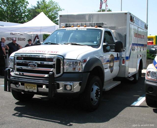 Essex County NJ Sheriff - Ford F550 - Bomb Squad  (09)