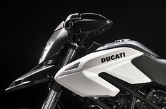 Ducati HM 796 Hypermotard 2010 - 10