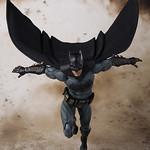 「新增官圖&販售資訊!」 S.H. Figuarts 正義聯盟【蝙蝠俠】 バットマン(Justice League)