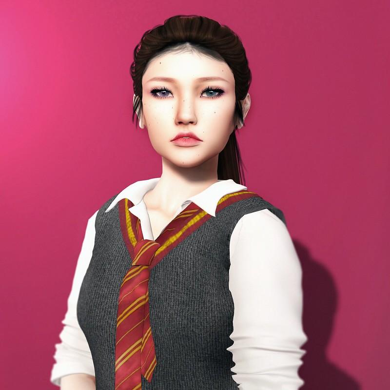 Ahreum Song, 5th Year Gryffindor