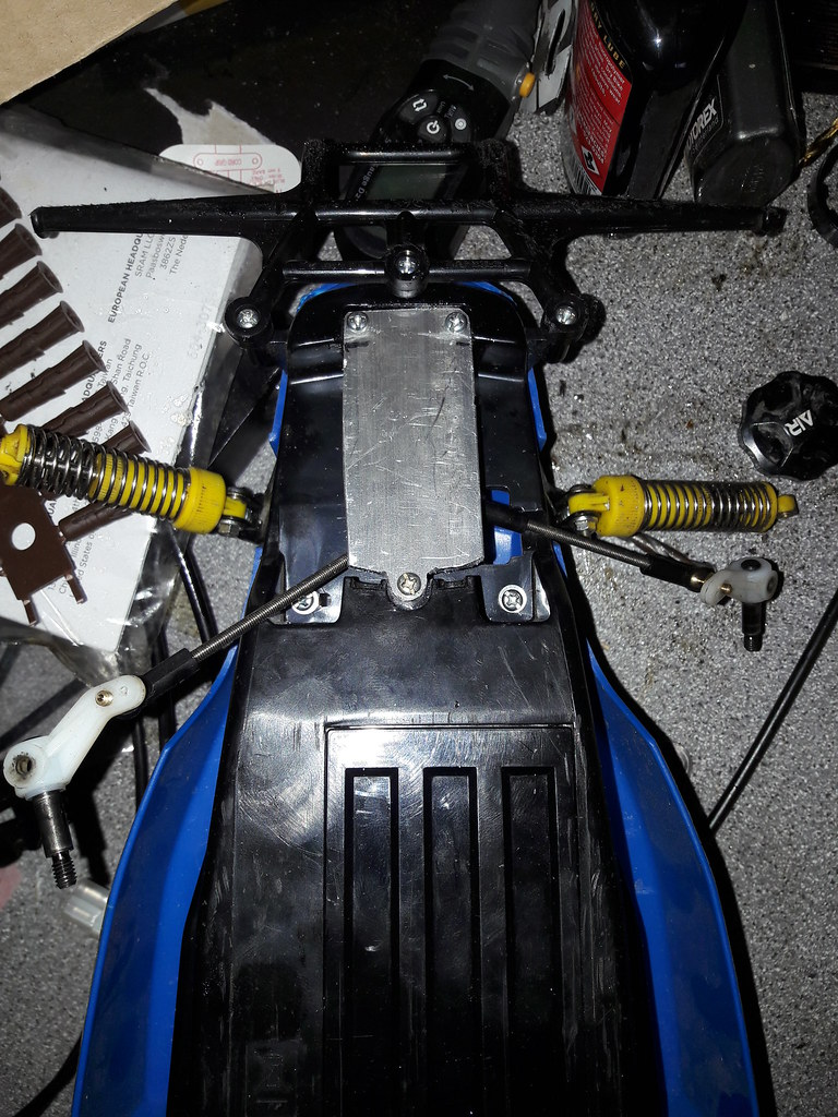 Rising Fighter DT02/3 front suspension mod