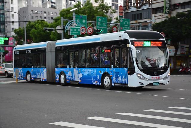 台中客運KKA-6232(原261-U8)