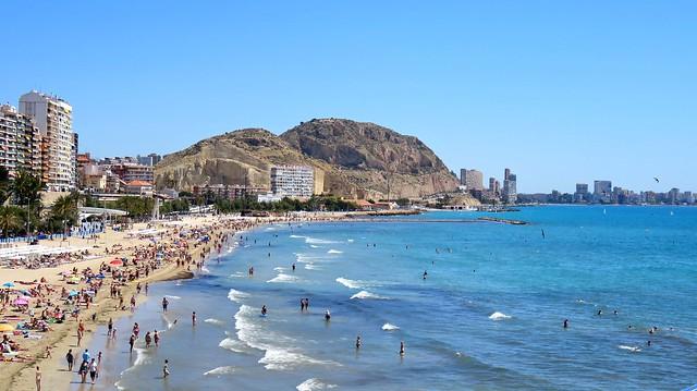 Alicante - Sunny Beach Days