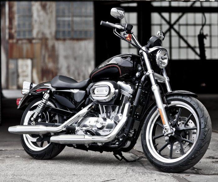 Harley-Davidson XL 883 L Superlow 2011 - 18