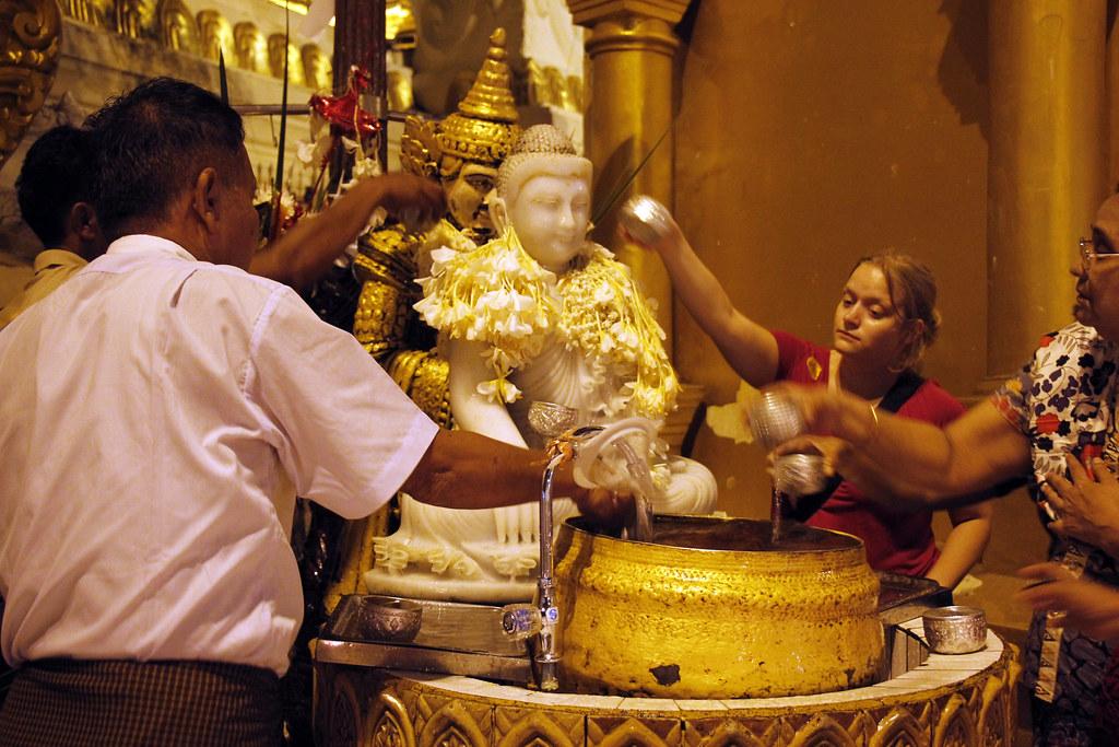 buddhistiske traditioner
