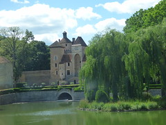 Château seen from the coach - Château de Sercy - Photo of Savianges