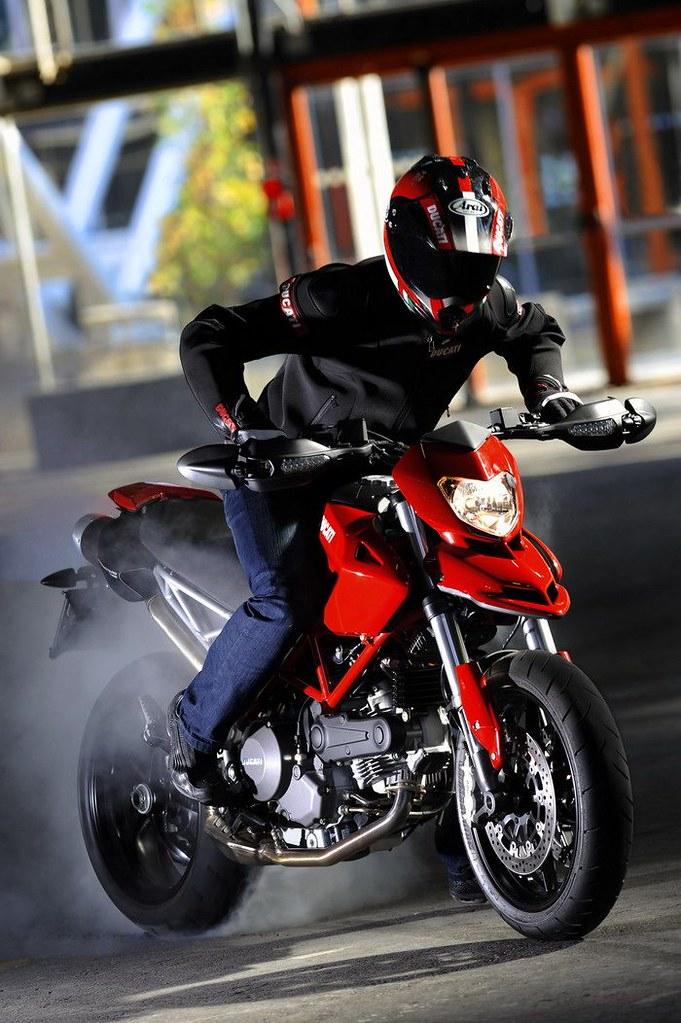 Ducati HM 796 Hypermotard 2010 - 36