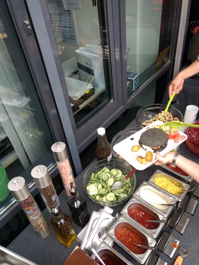 """#HummerCatering #Event #Grill und #Burger #Catering #Service in #Köln #Frechen. #Sommerfest an der #IFH. Wir hatten für unsere #Gäste #leckeres #Gaffel #Kölsch vom #Fass und leckere kalte #Softgetränke wie zum #Beispiel #DieLimo von #Granini. Zum #Essen g • <a style=""""font-size:0.8em;"""" href=""""http://www.flickr.com/photos/69233503@N08/35456686782/"""" target=""""_blank"""">View on Flickr</a>"""